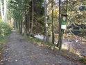 Divoká Orlice opouští chráněné území Zemská brána a směřuje dále na jih na Klášterec nad Orlicí.